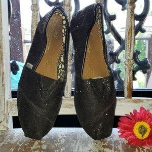 TOMS black sparkle glitter slip ons size 8 wide